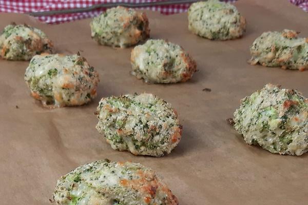 Brokkoli Käse Nuggets - Lowcarb Snack oder Keto Beilage